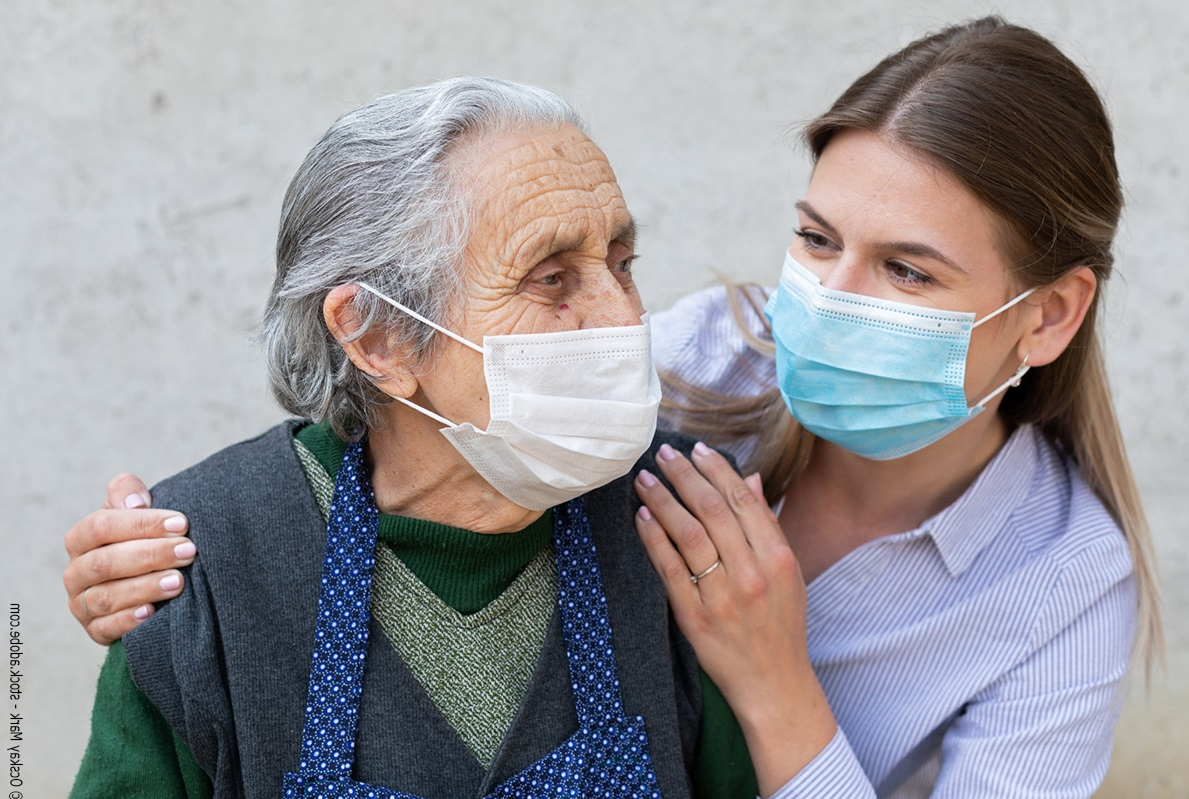 Les aides à domicile en première ligne face à la pandémie